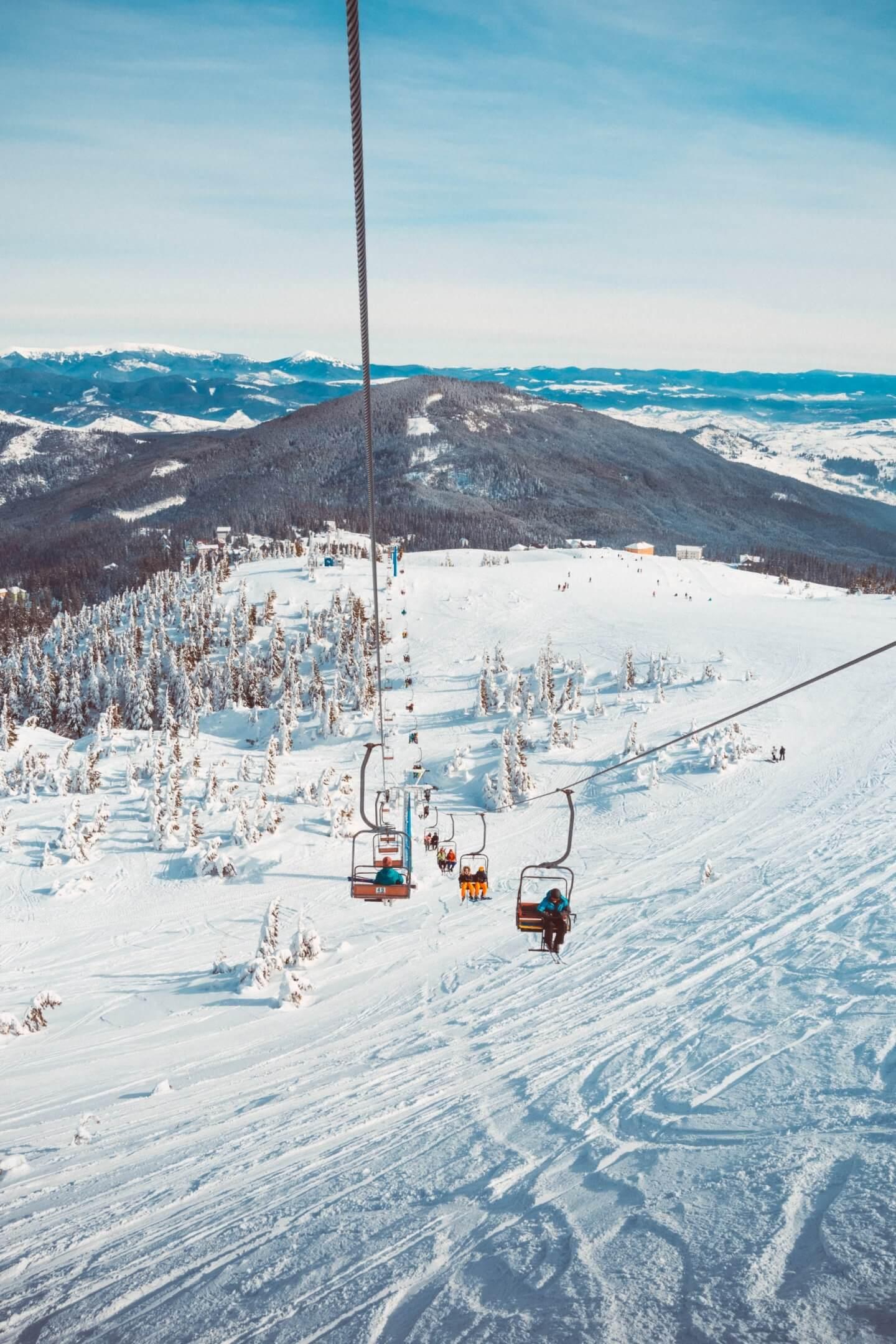 become a ski instructor courses in canada ski internships alexandra-luniel